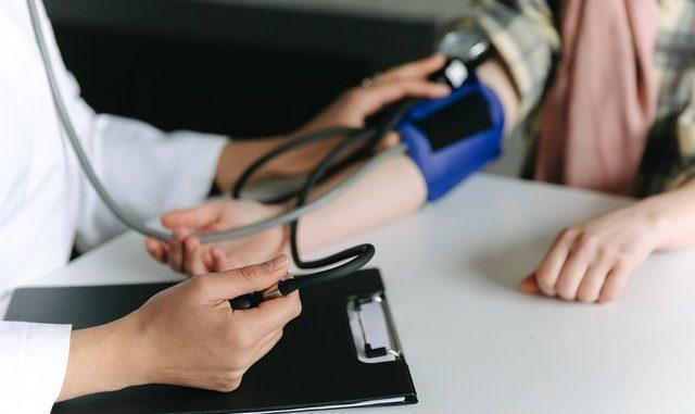 Blodtrykmåler
